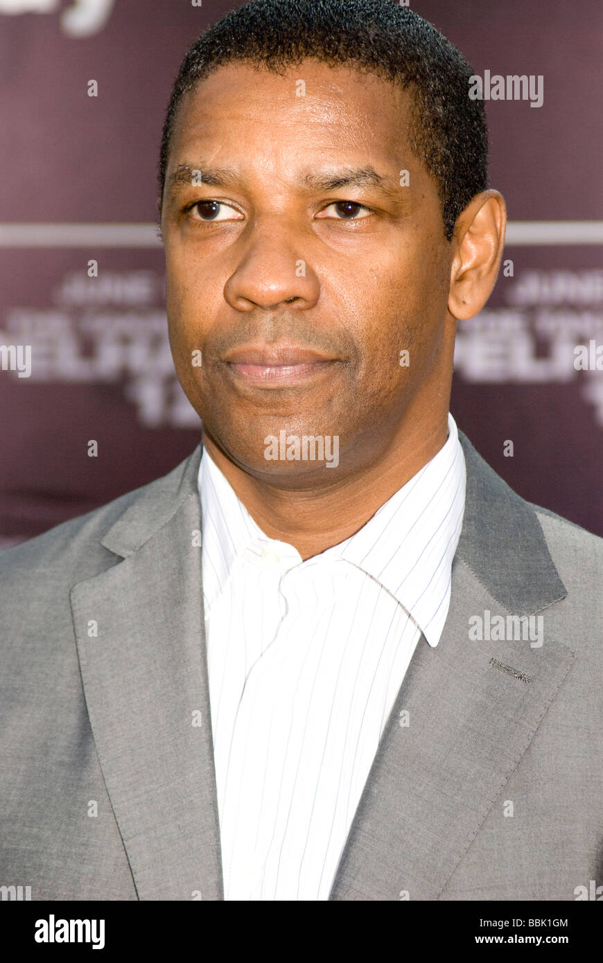 """LOS ANGELES - JUNE 4: Denzel Washington arrives at the premiere of his new film, """"Taking of Pelham 123"""" on June Stock Photo"""