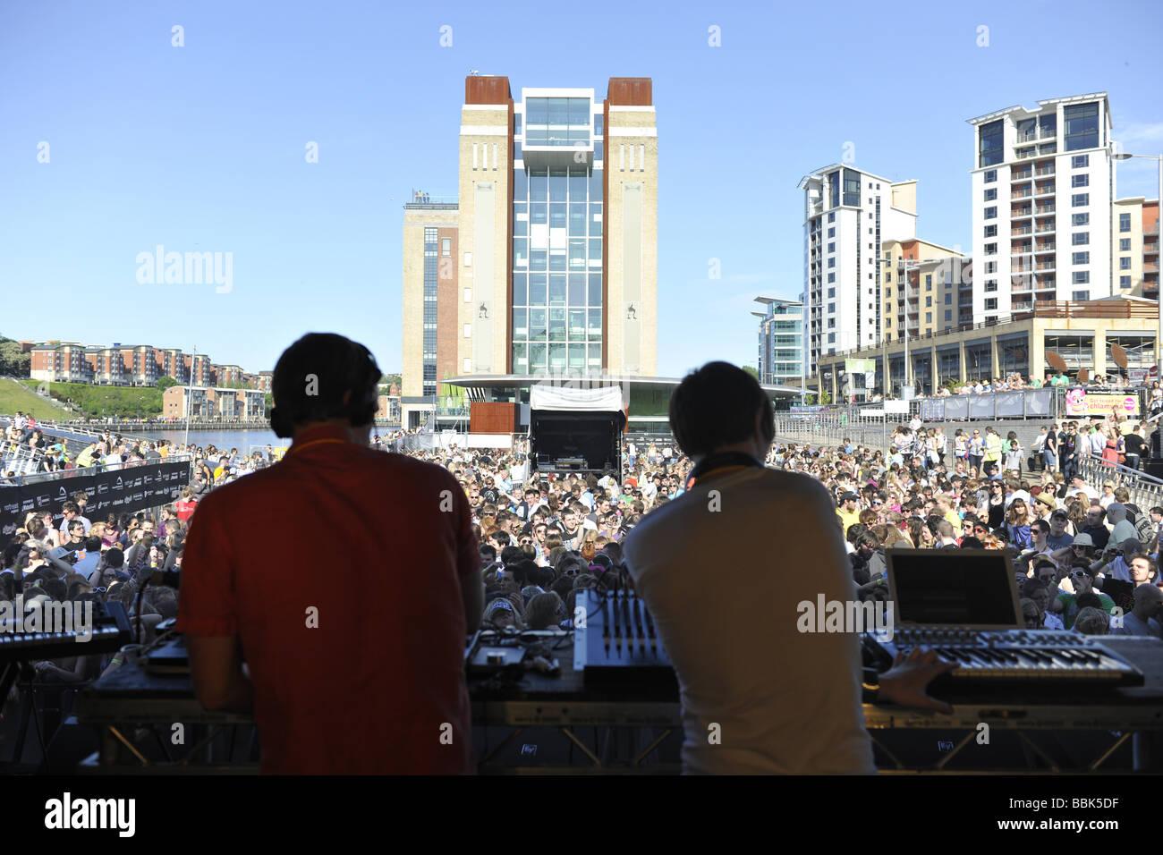 DJs Playing at Evolution Festival - Stock Image