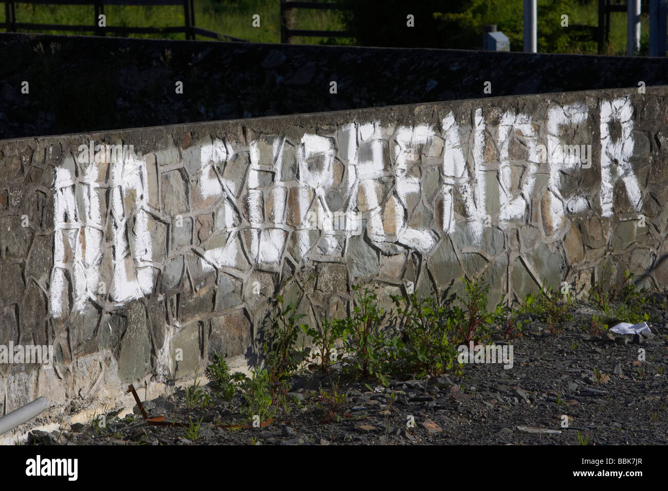 ulster loyalist no surrender graffiti painted onto a wall in a unionist protestant area of northern ireland - Stock Image