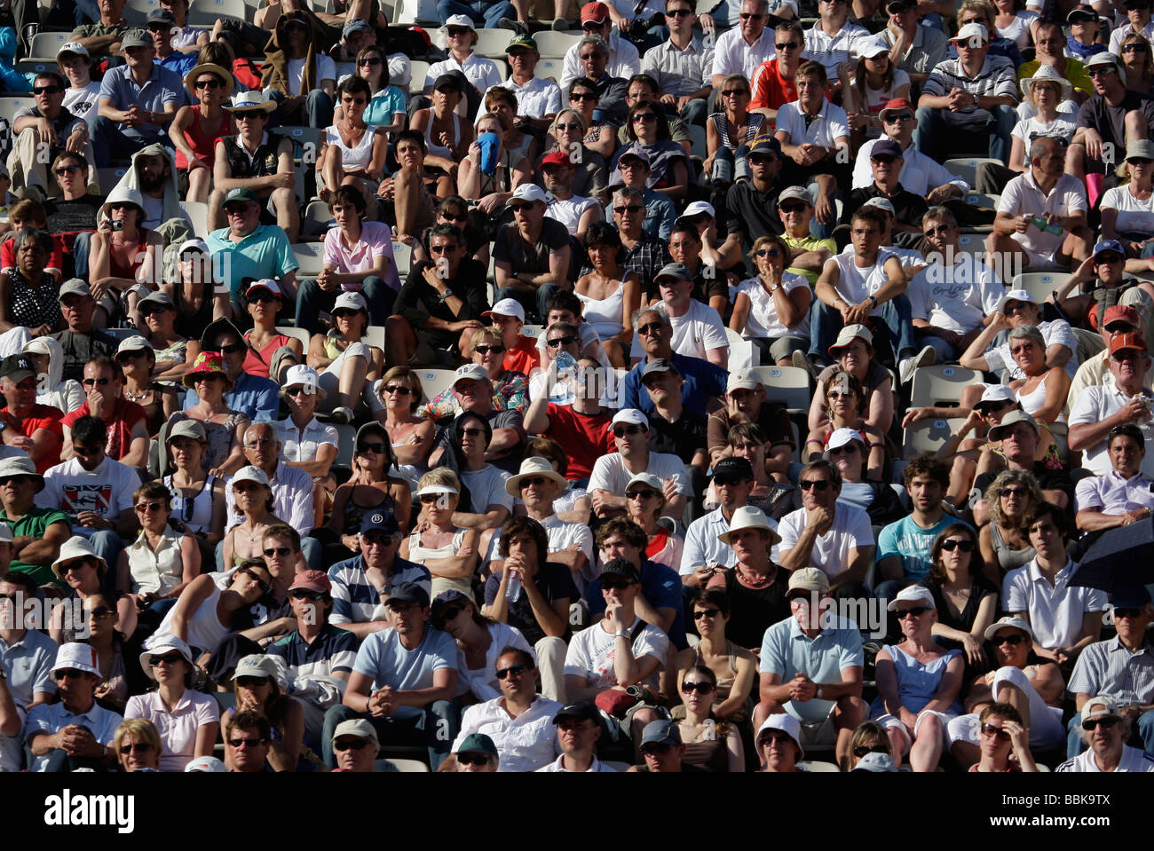 Section of the crowd at the French Open 2009 at Roland Garros - Stock Image