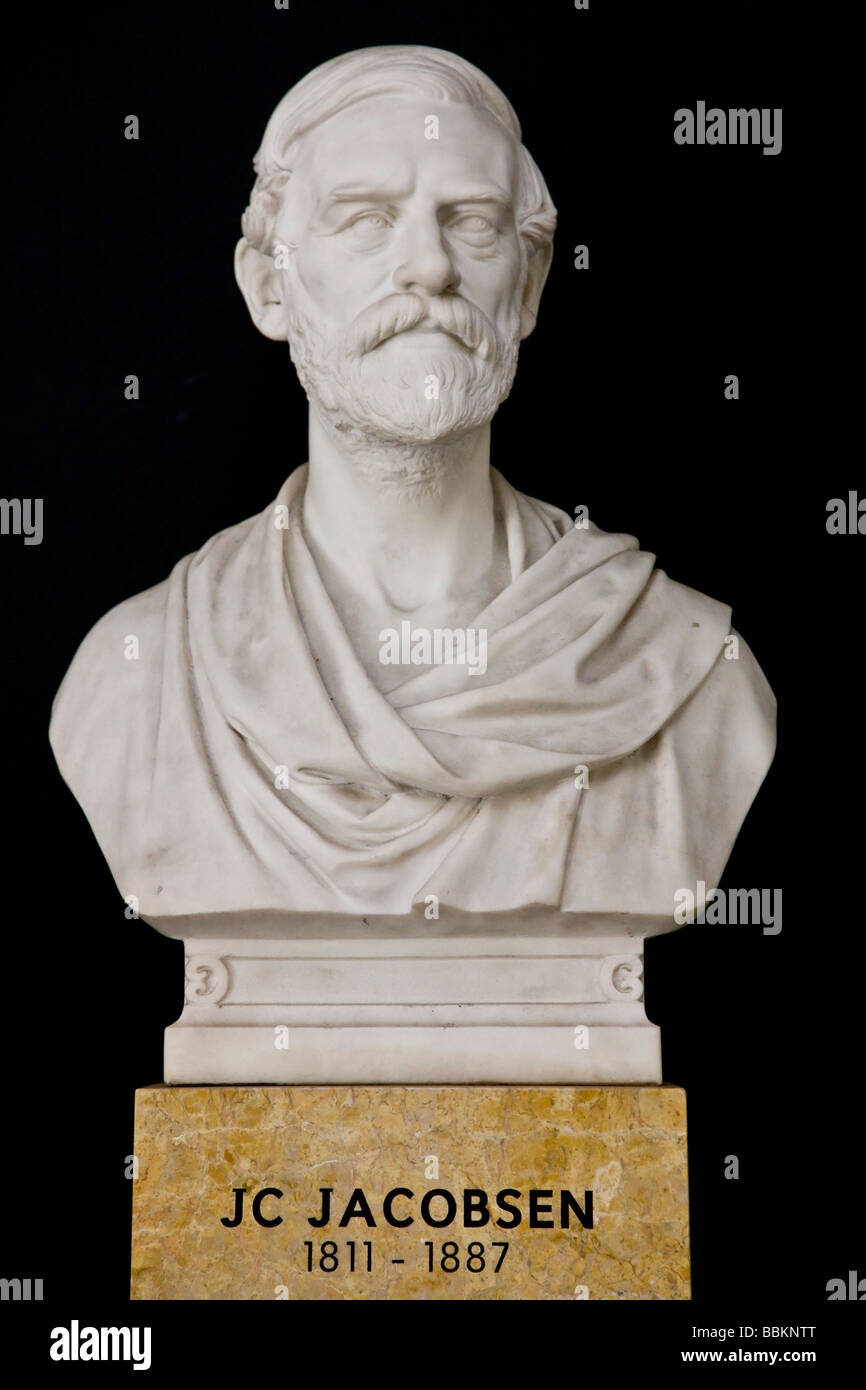 Bust statue of J. C. Jacobsen, founder of the Carlsberg brewery - Stock Image