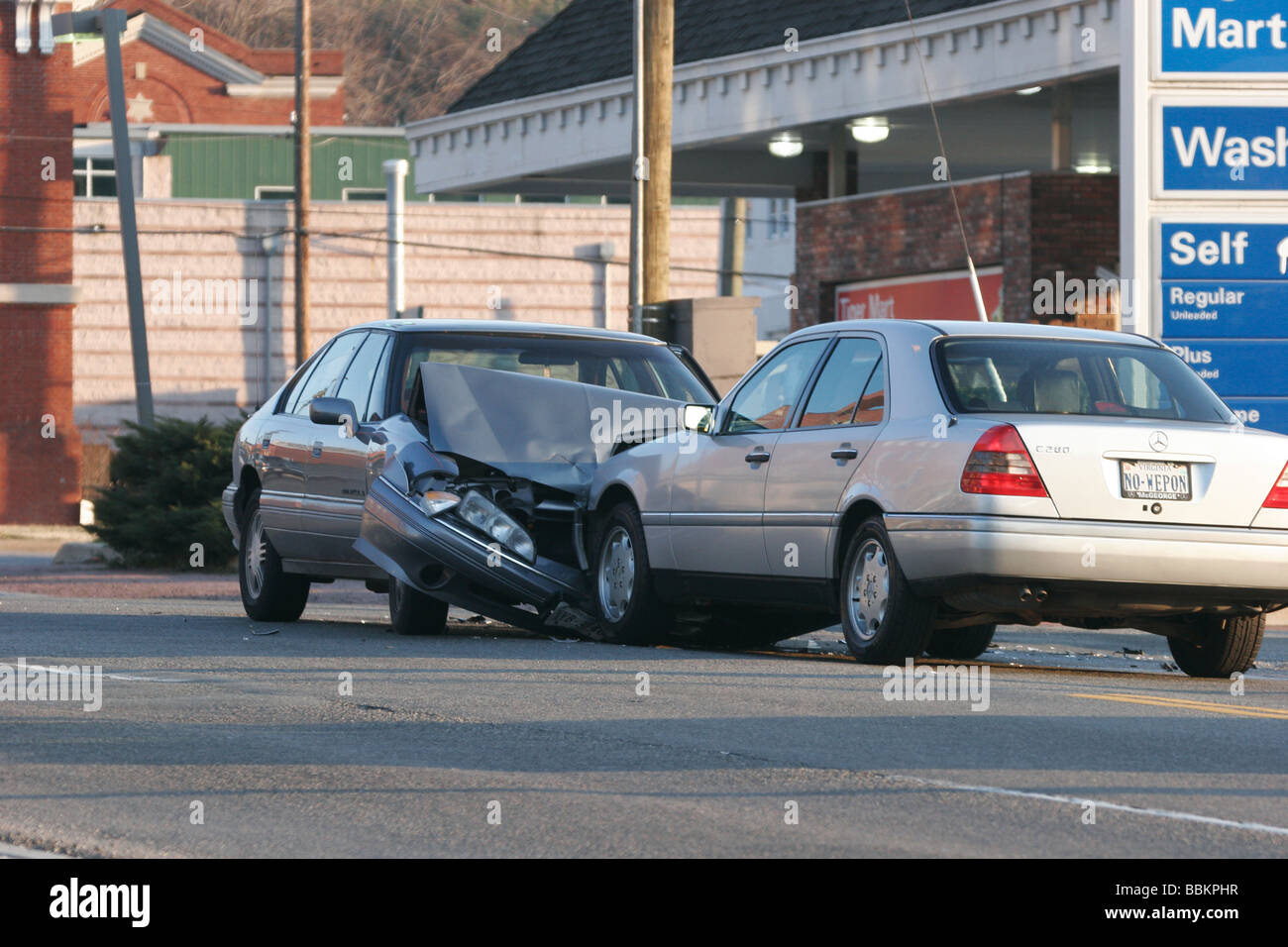Automobile Crash Stock Photos & Automobile Crash Stock Images - Alamy