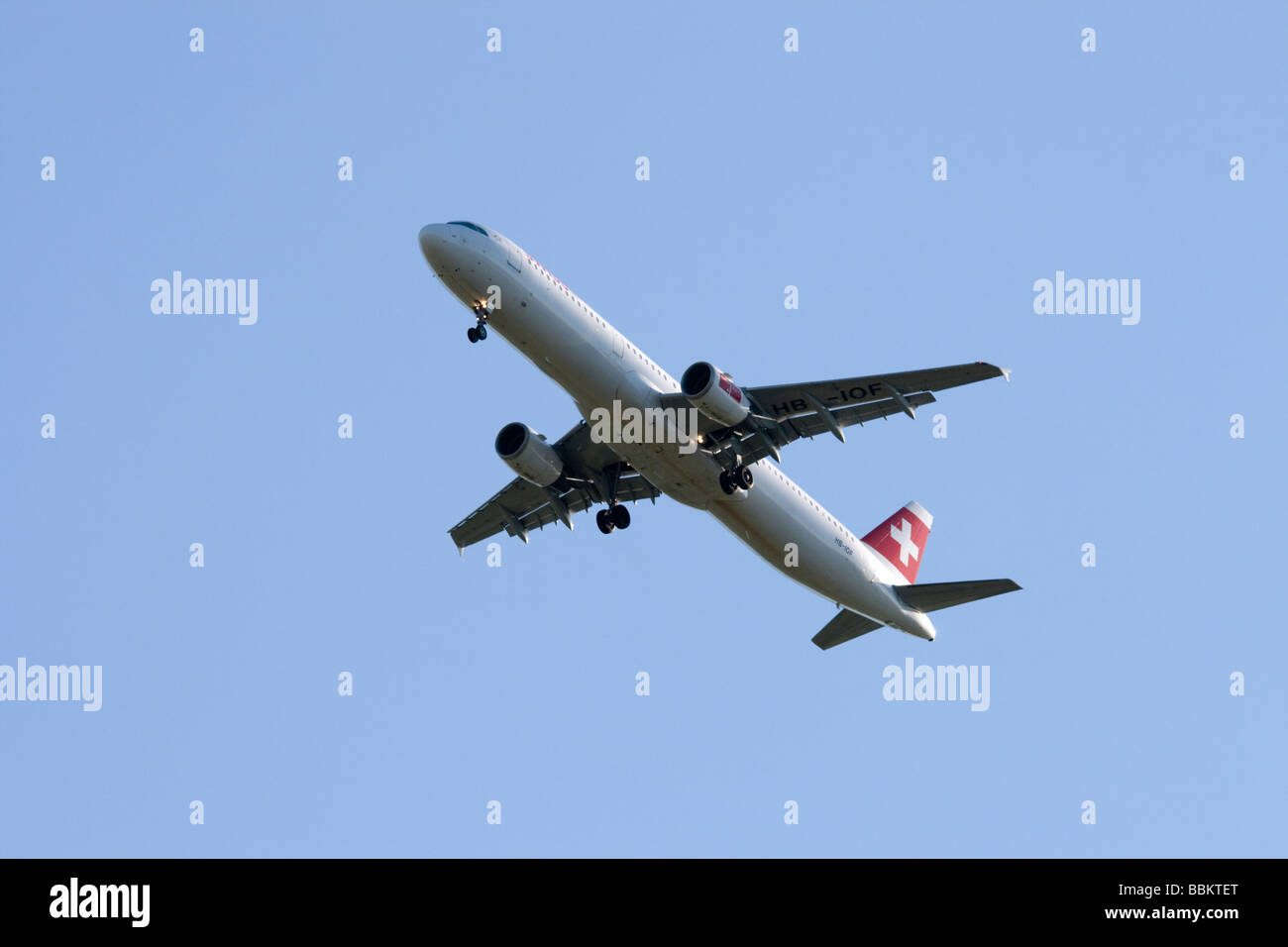 Commercial jet airliner, Swiss International Airlines Airbus A321-111 - Stock Image