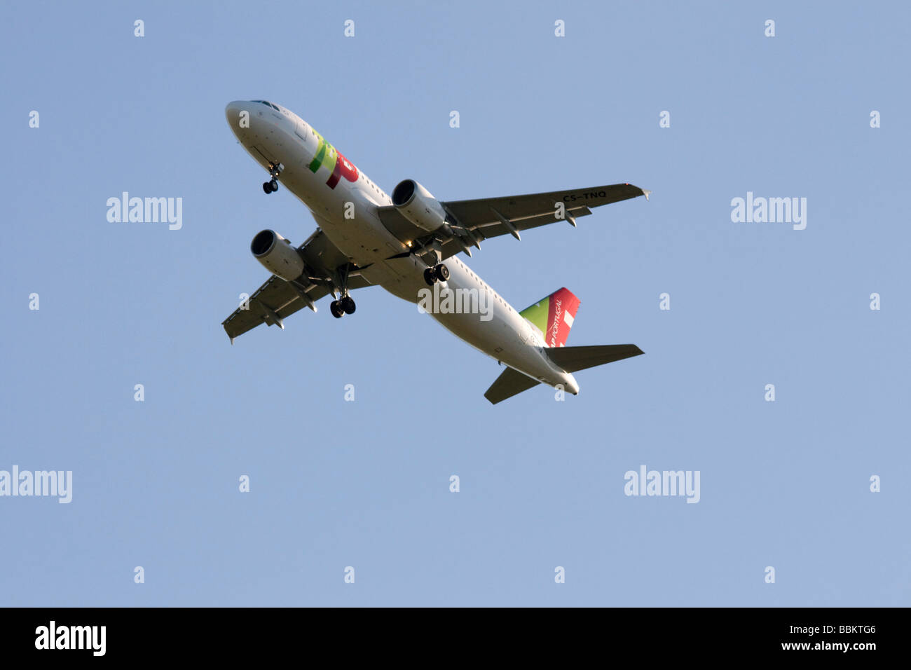 Commercial jet airliner,  TAP Portugal Airbus A320-214 - Stock Image