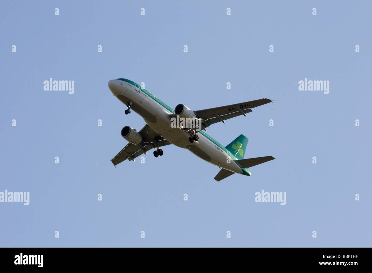 Commercial jet airliner, Aerlingus, Airbus A320 - Stock Image