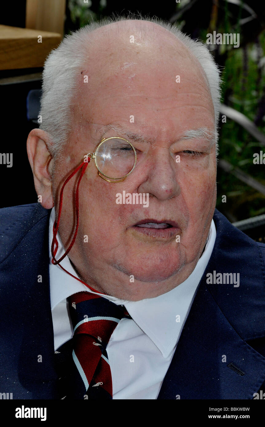 SIR PATRICK MOORE - UK astronomer and TV presenter in May 2008 - Stock Image