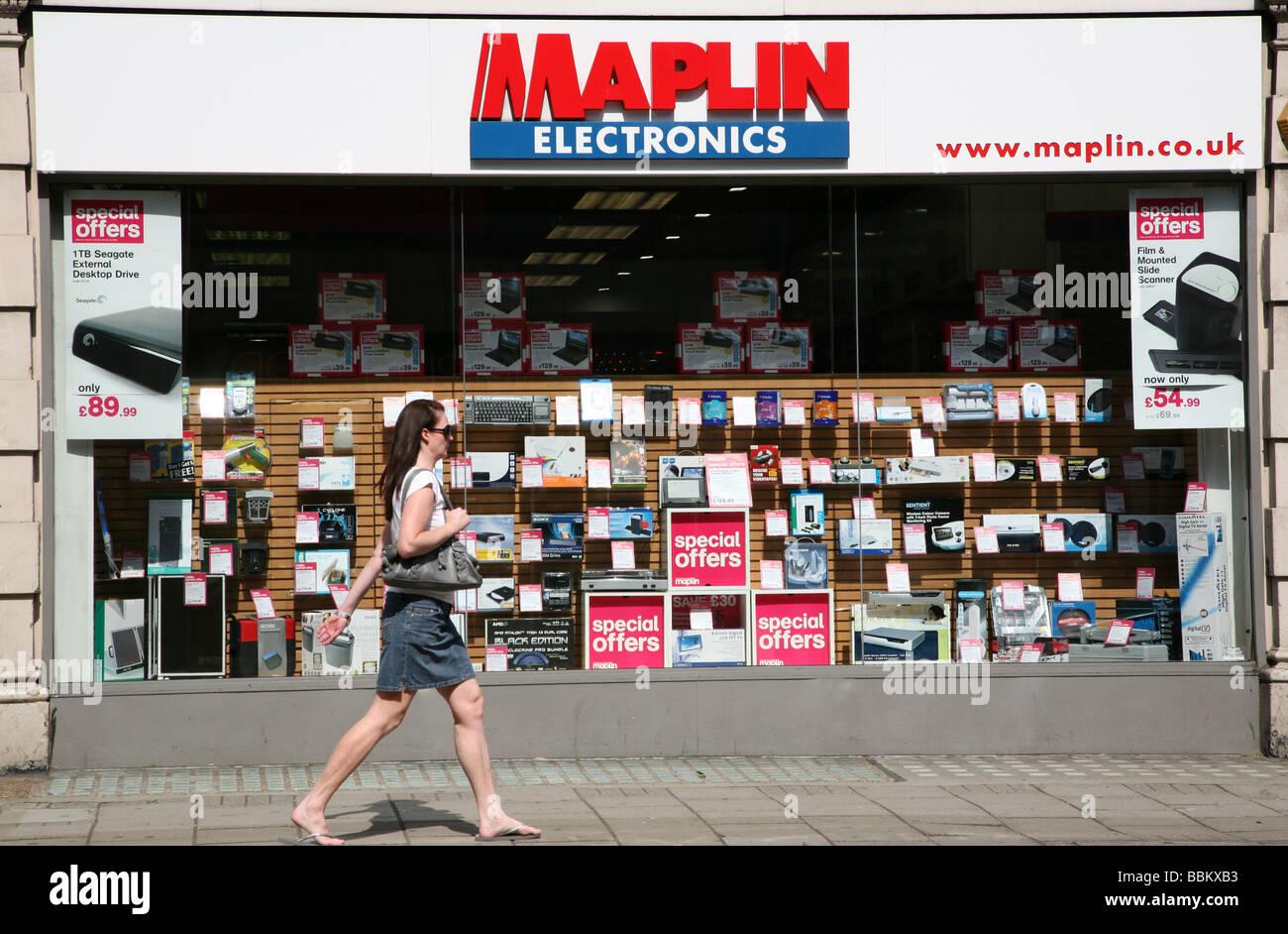 Branch of Maplin electronics, London - Stock Image