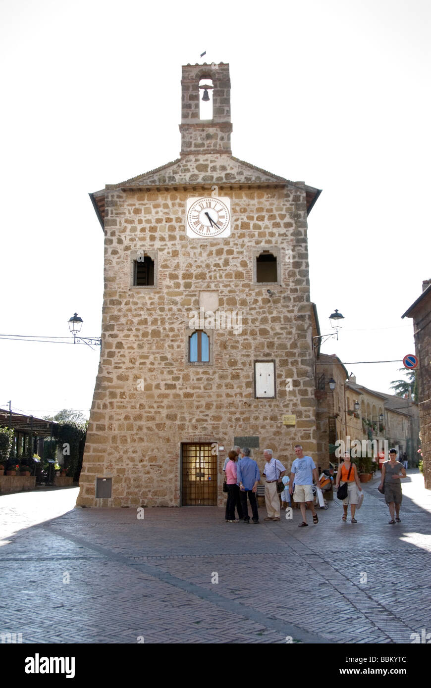 Main Piazza in Sovana an Etruscan settlement and important town in the middle ages and birthplace of Pope Gregory - Stock Image