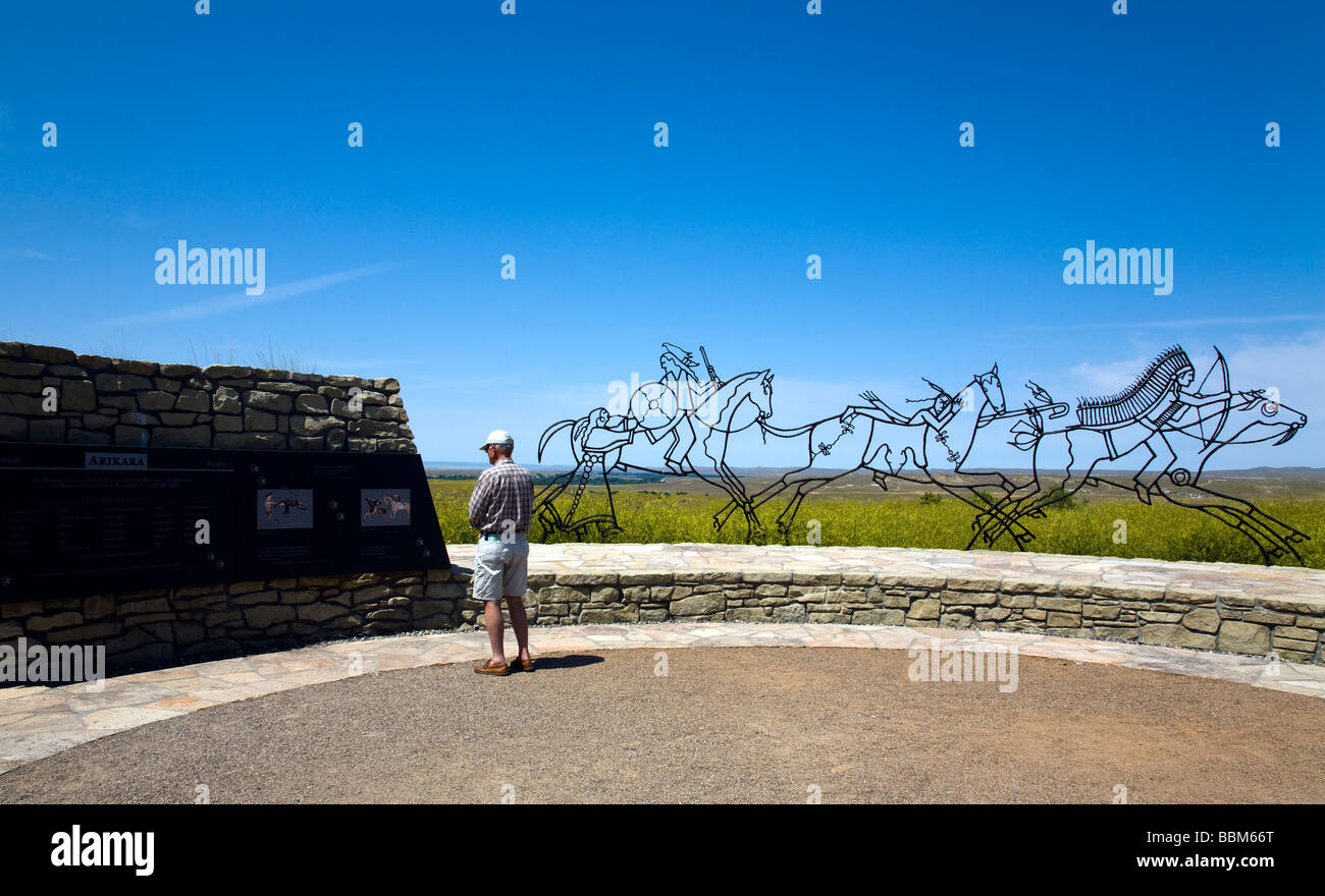 Montana, USA: Visitor views information in the Indian portion of the Little Bighorn Battlefield National Monument. Stock Photo