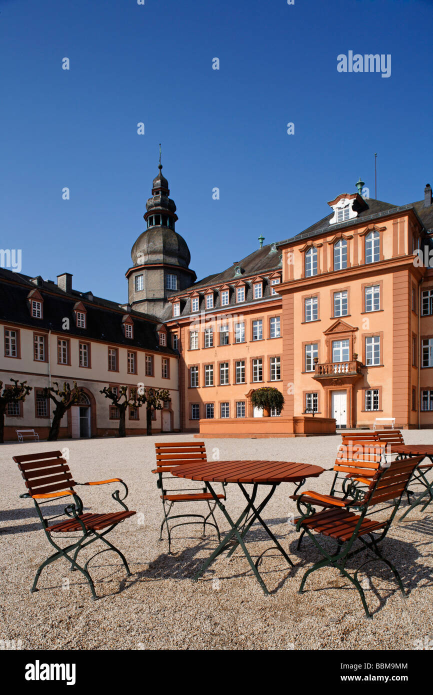 Patio of restaurant 'Schloss-Schaenke', castle square, Berleburg Castle, Bad Berleburg, district of Siegen - Stock Image