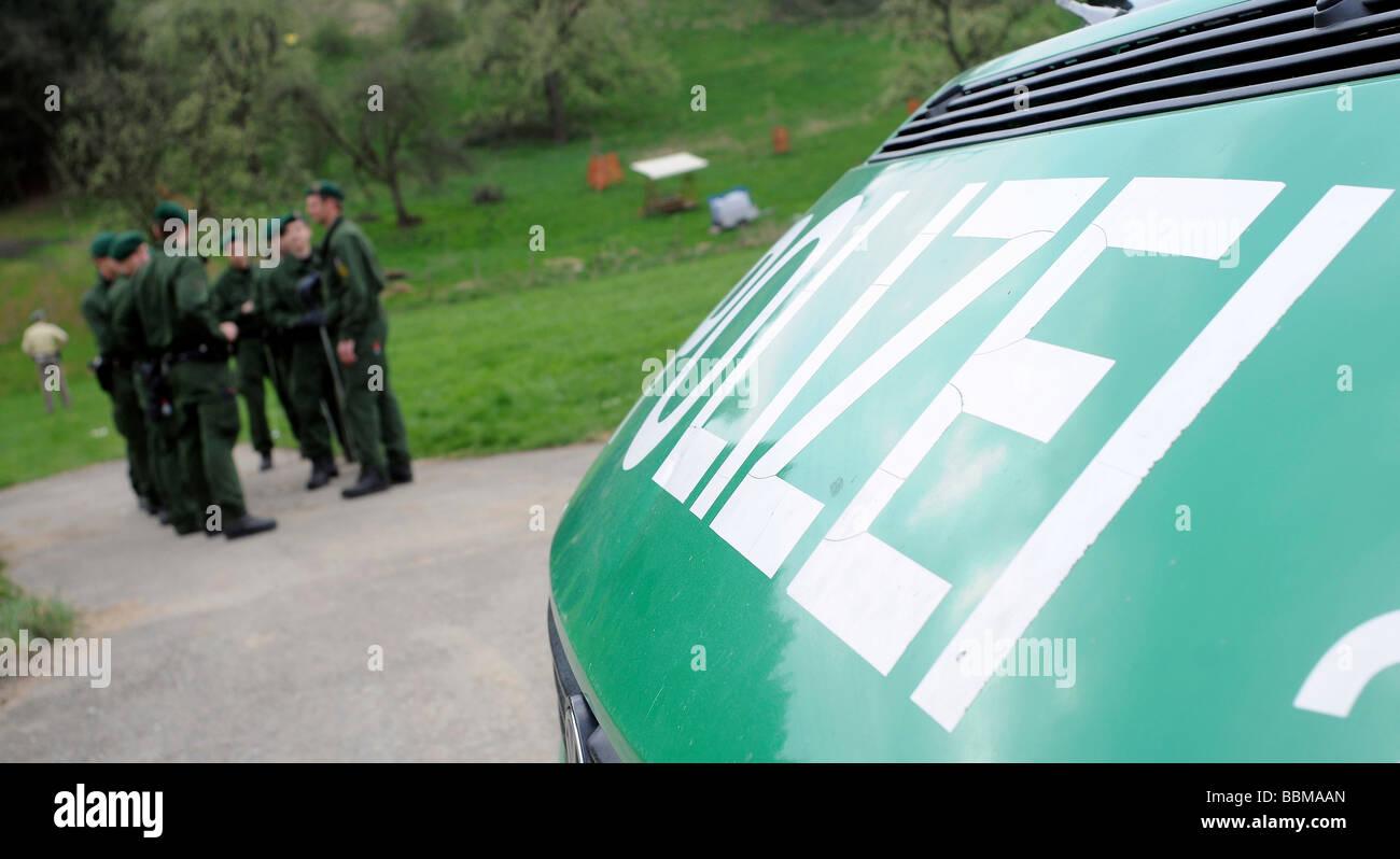 Police search following a quadruple family murder near Eislingen, Baden-Wuerttemberg, Germany, Europe - Stock Image