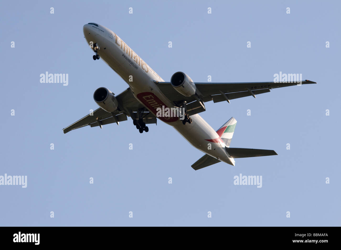 Commercial jet airliner, Emirates Boeing 777-36N/ER - Stock Image