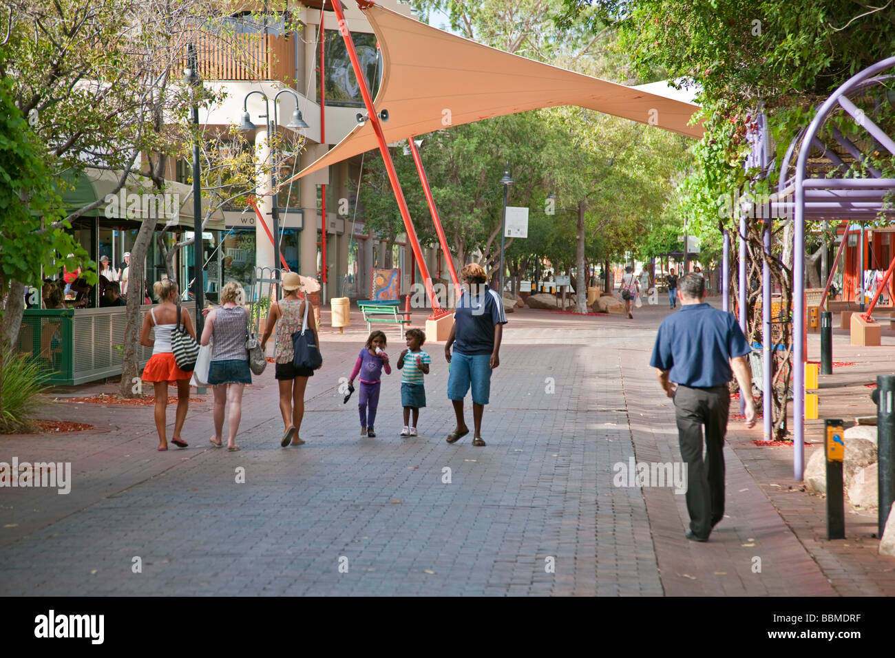 Australia, Northern Territory. A modern shopping mall at Alice Springs. - Stock Image