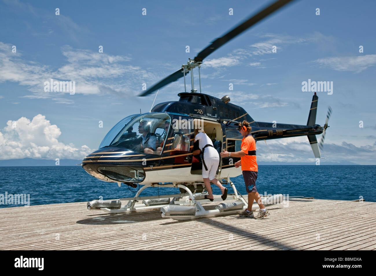 Austrailia, Queensland. A helipad at Agincourt Reef on the Great Barrier Reef where tourists can view the reef form - Stock Image