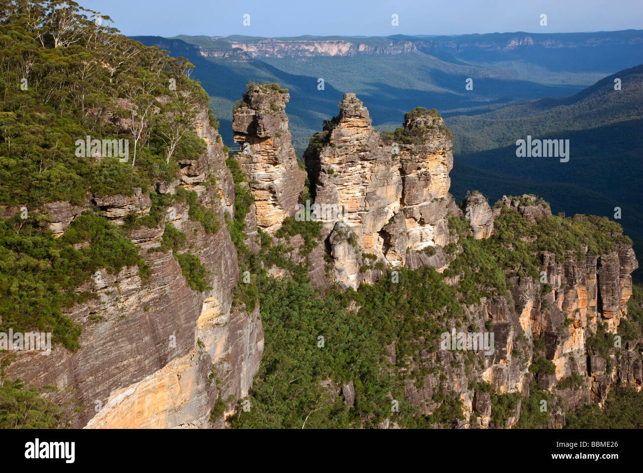Australia New South Wales. The famous   Three Sisters   rock formation in the Blue Mountains near Katoomba. - Stock Image