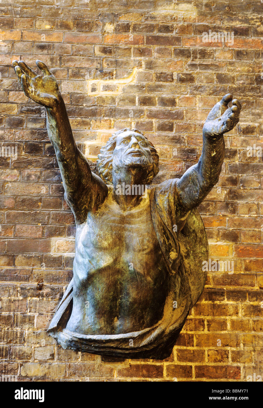Bronze sculpture by Hans Feibusch St Alban the Martyr church Clerkenwell 'Jesus rising from the dead' london - Stock Image