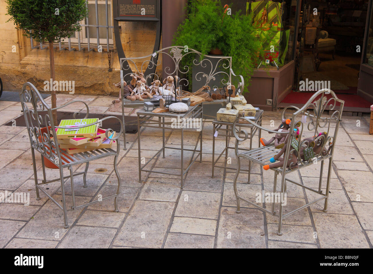 Three chairs and a coffee table Orange Provence France - Stock Image