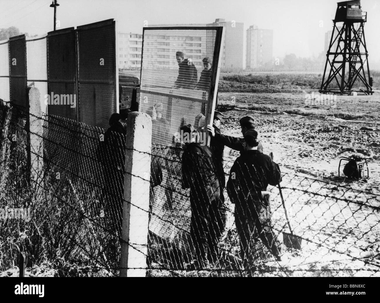 geography / travel, Germany, Berlin, wall, renewal, 1965, East ...