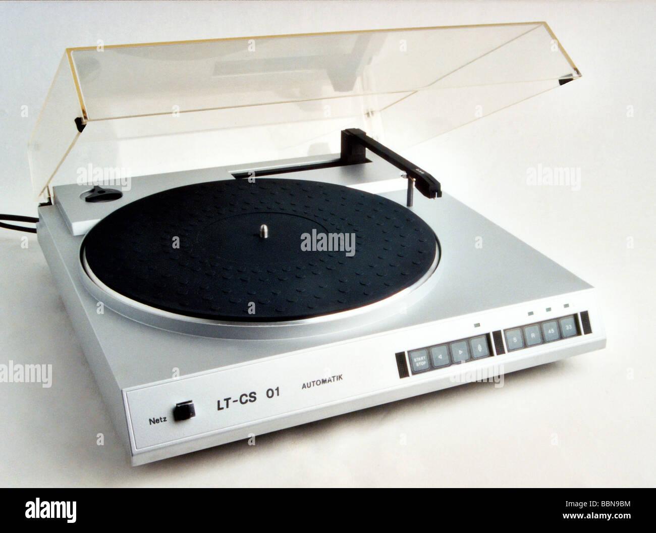 technics, record player, tangential record player LT-CS 01, made by VEB Elektronische Bauelemente Teltow, GDR, 1986, - Stock Image