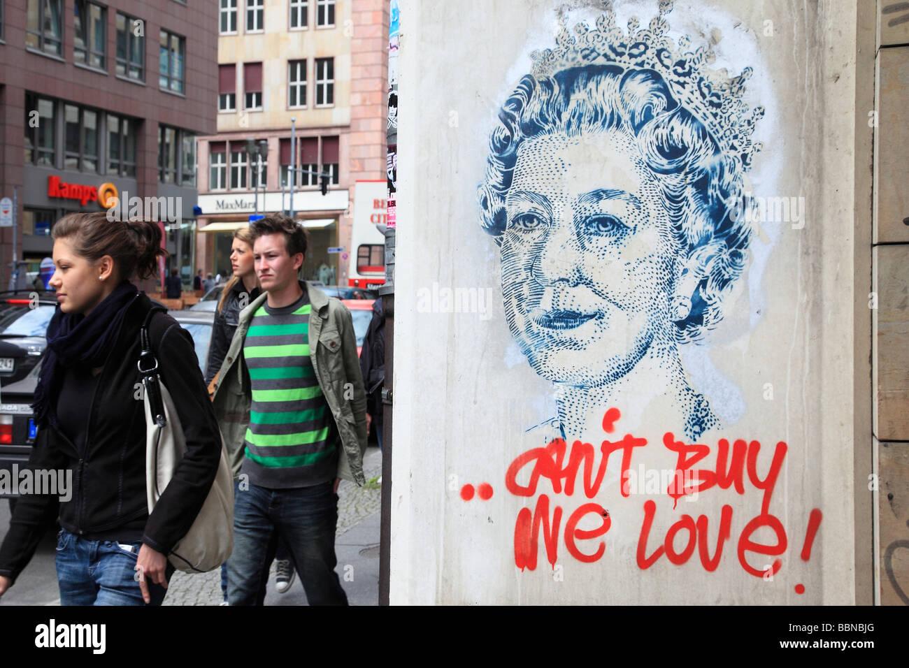 Queen Elizabeth I graffitti on the wall in Berlin Germany Europe - Stock Image