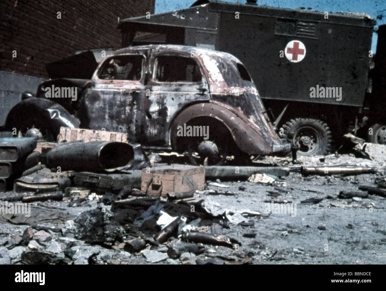 events, Second World War / WWII, France, Dunkirk, June 1940, abandoned and destroyed vehicles of the British Expeditionary Stock Photo