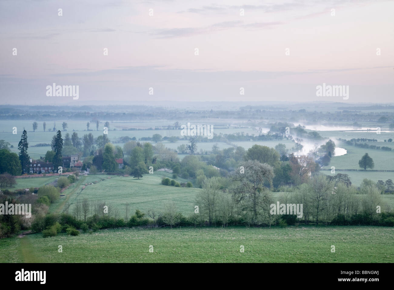 Dawn over the River Thames from Wittenham Clumps near Dorchester, Oxfordshire, Uk - Stock Image