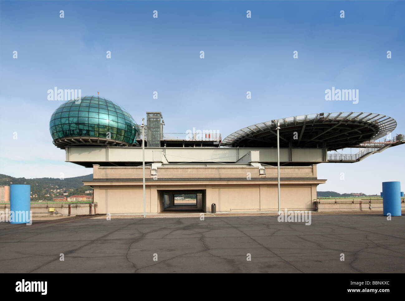 geography / travel, Italy, Piedmont, Turin, buildings, Lingotto, FIAT factory, built: 1916, extended in 1980s by - Stock Image