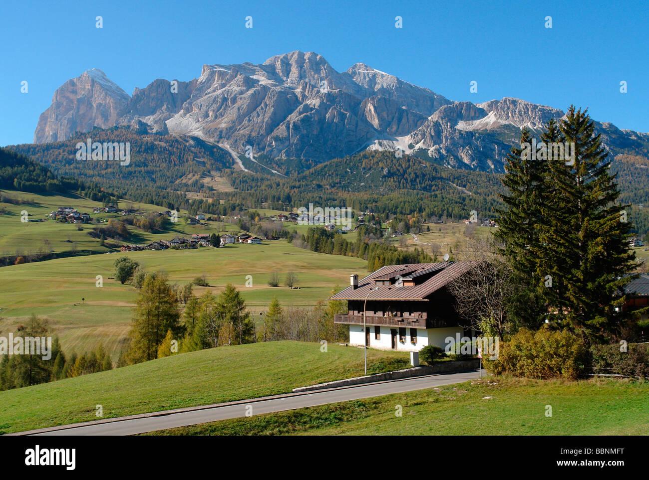 geography / travel, Italy, Trentino - Alto Adige, Cortina d'Ampezzo: Landscape with Cristallo Massif, Additional - Stock Image