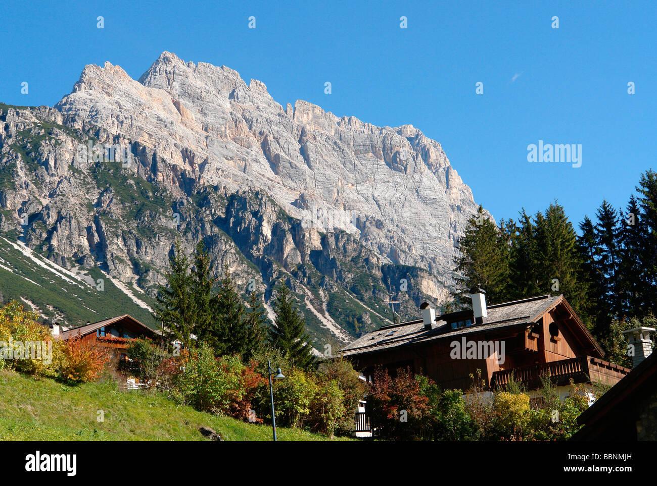 geography / travel, Italy, Trentino - Alto Adige, Cortina d'Ampezzo: Landscape with Sorapis Massif, typical - Stock Image
