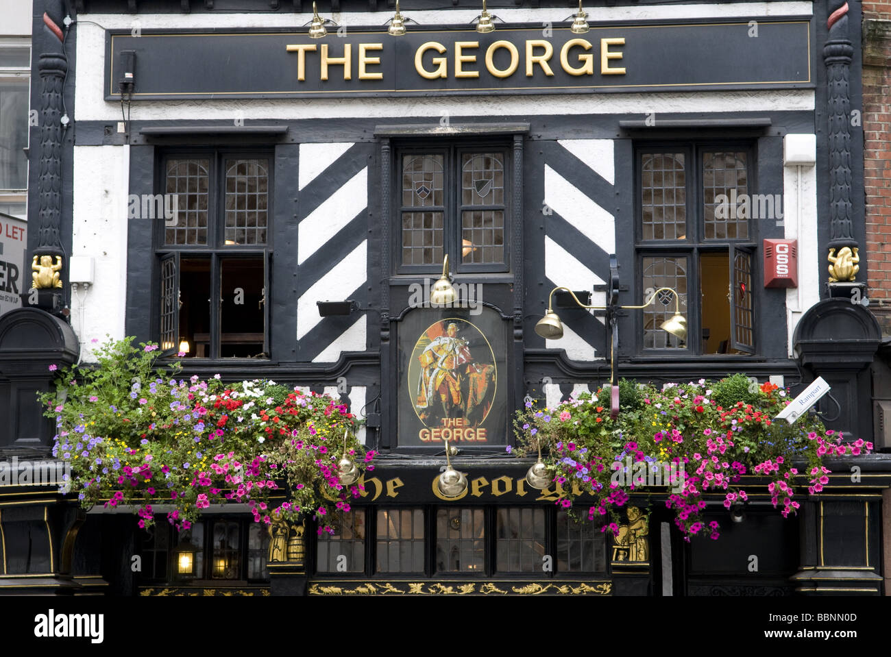 geography / travel, Great Britain, London, Pub The George, exterior view, Additional-Rights-Clearance-Info-Not-Available - Stock Image