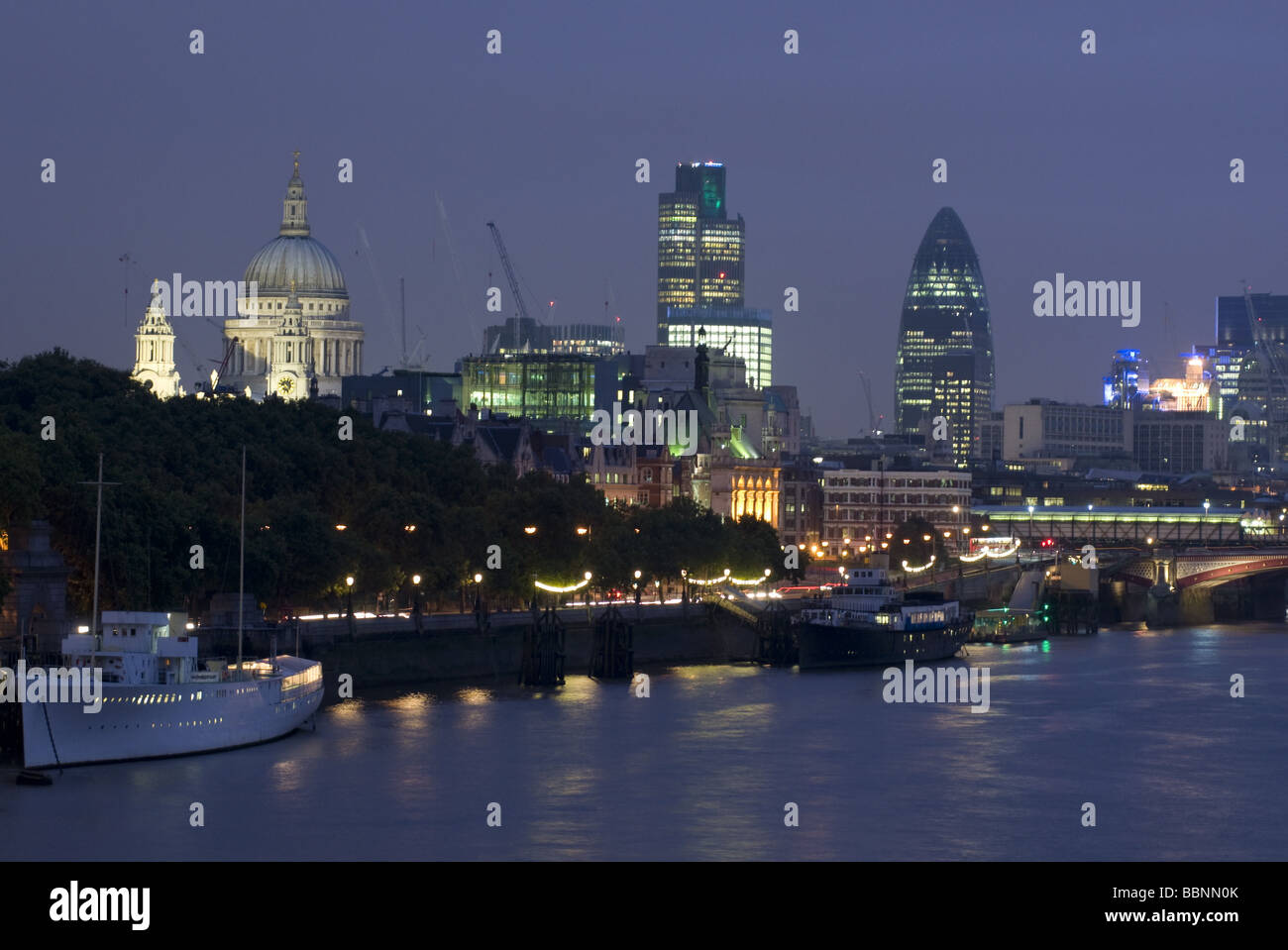 geography / travel, Great Britain, London, cityscape, skyline with St. Pauls Cathedral, Swiss Re building, night Stock Photo