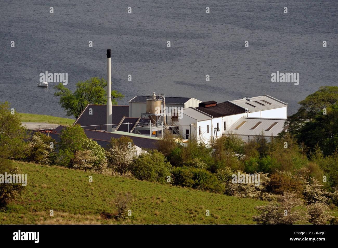 Talisker whisky distillery. Carbost, Loch Harport, Minginish, Isle of Skye, Inner Hebrides, Scotland, United Kingdom, Europe. Stock Photo