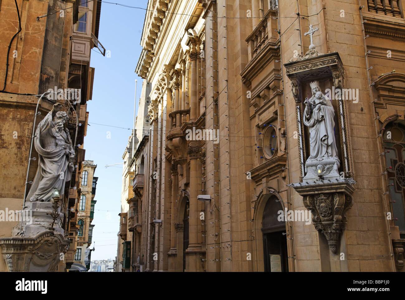 Malta, Valletta, statues of saints - Stock Image