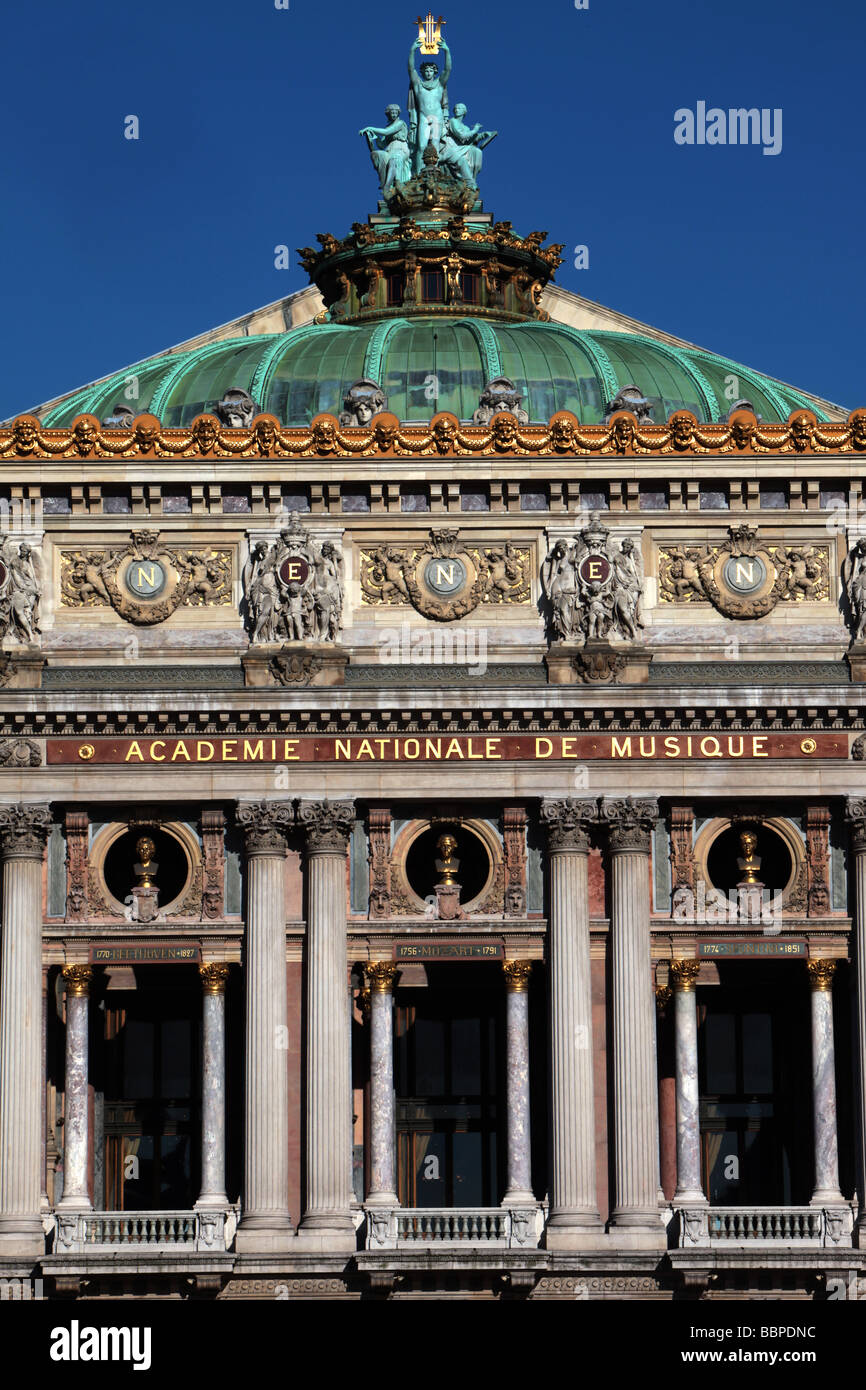 FACADE AND DOME OF THE PARIS OPERA, OPERA GARNIER, PLACE DE L'OPERA, PARIS, 9TH ARRONDISSEMENT, FRANCE, EUROPE - Stock Image