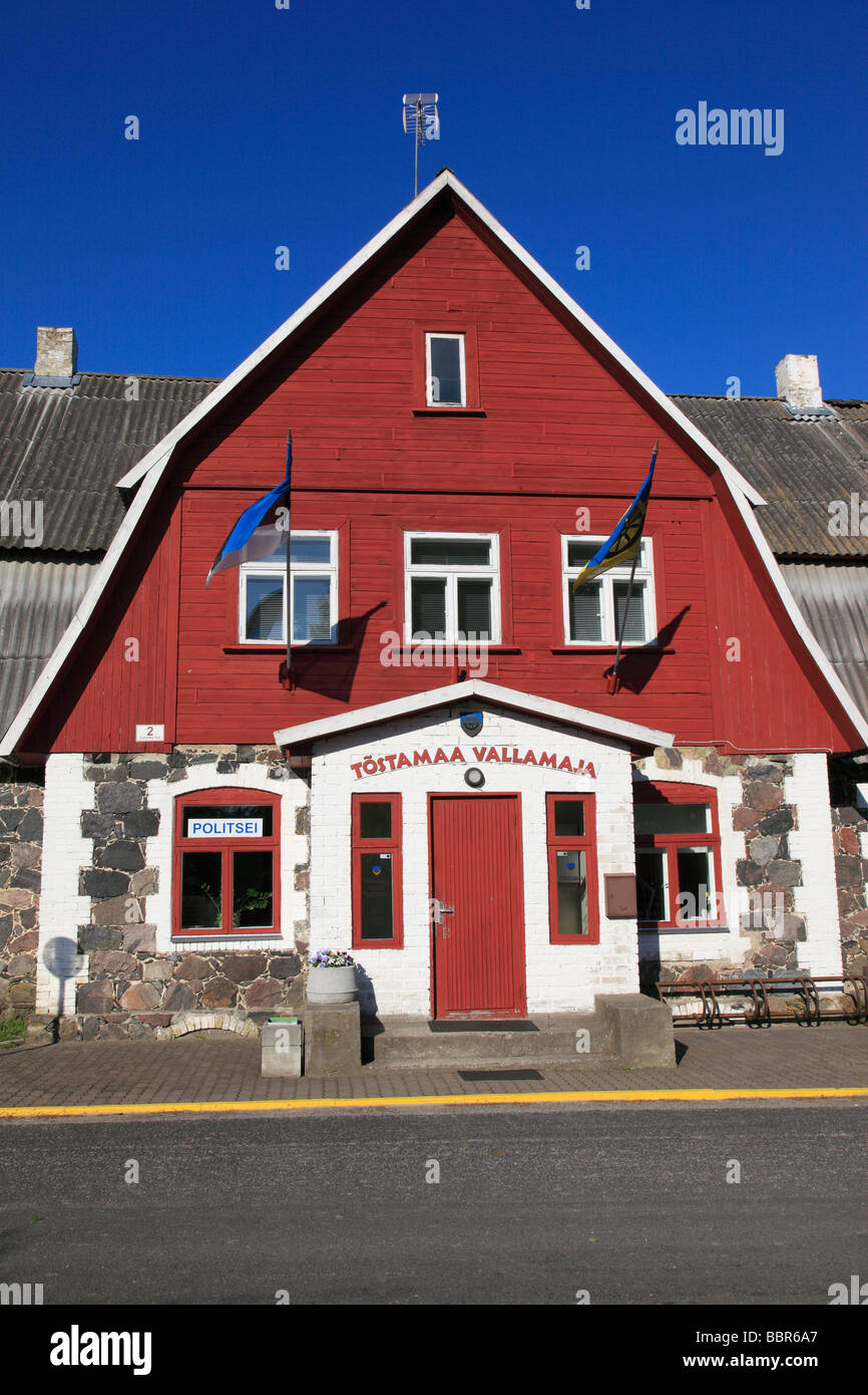 traditional house, Police Station at Tostamaa, Estonia, Baltic Nation, Eastern Europe. Photo by Willy Matheisl - Stock Image