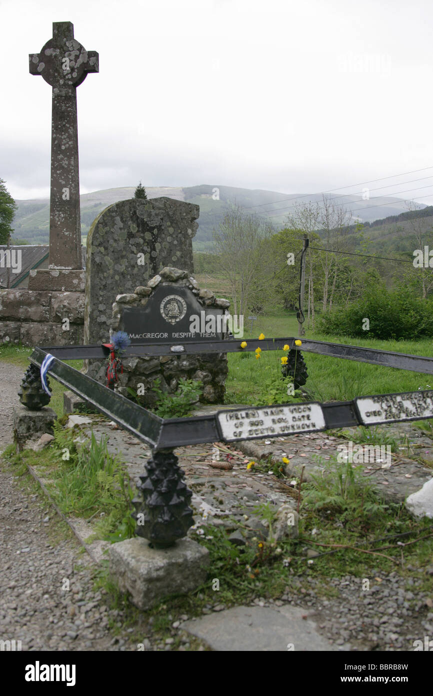 Village of Balquhidder, Scotland. The gravestone of the renowned folk hero and outlaw Rob Roy MacGregor. Stock Photo