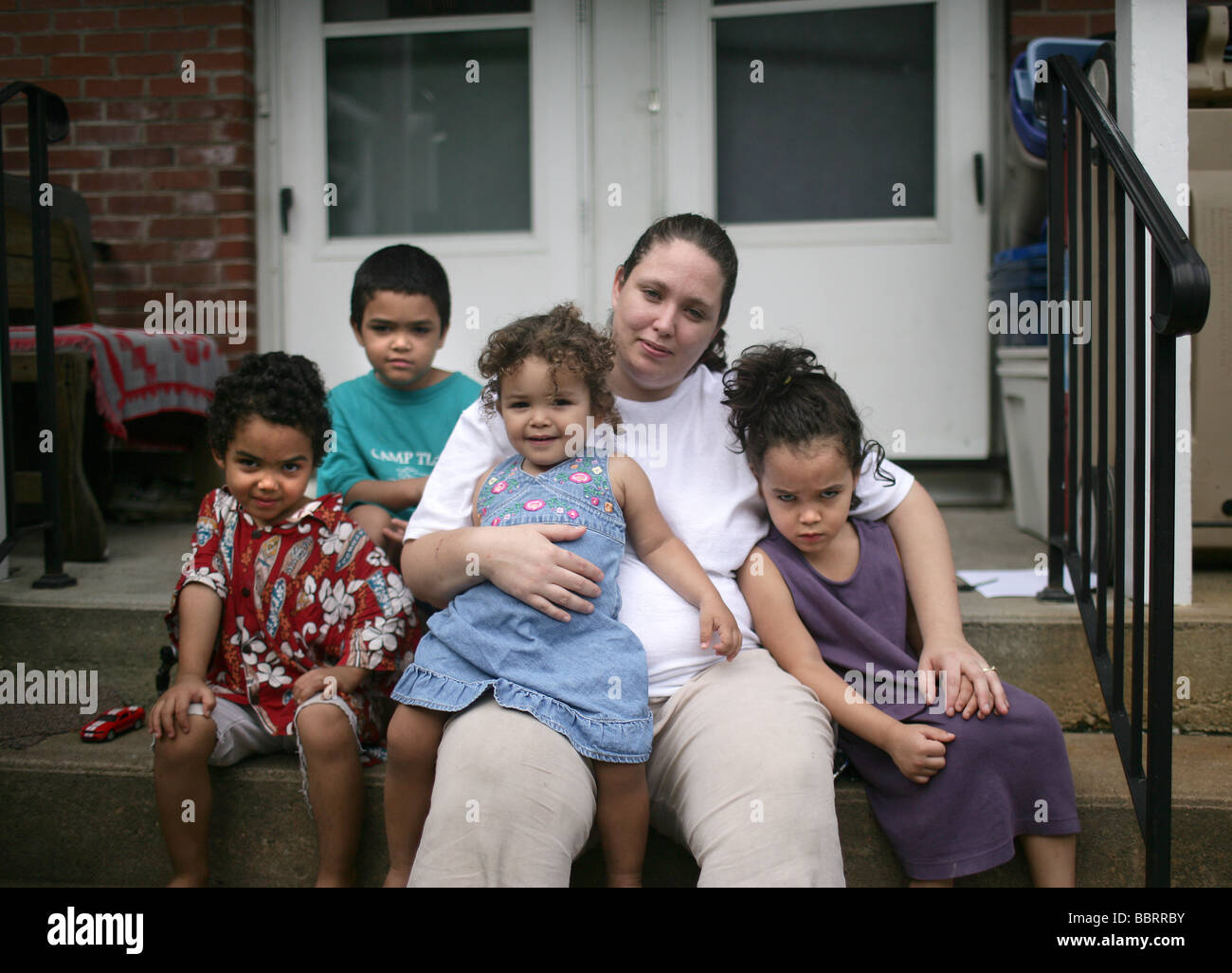A happy family mother with four children in New Haven Connecticut USA - Stock Image