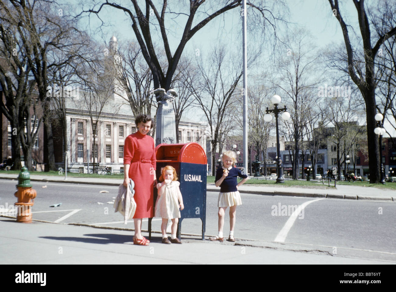 Young family visit America on holiday in 1955 - Stock Image