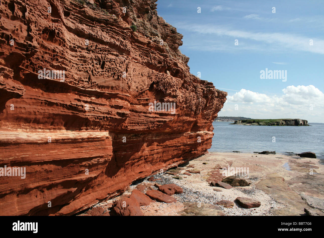 Bunter Sandstone Cliff On Hilbre Island, A Site Of Special Scientific Interest, The Wirral, Merseyside, UK - Stock Image