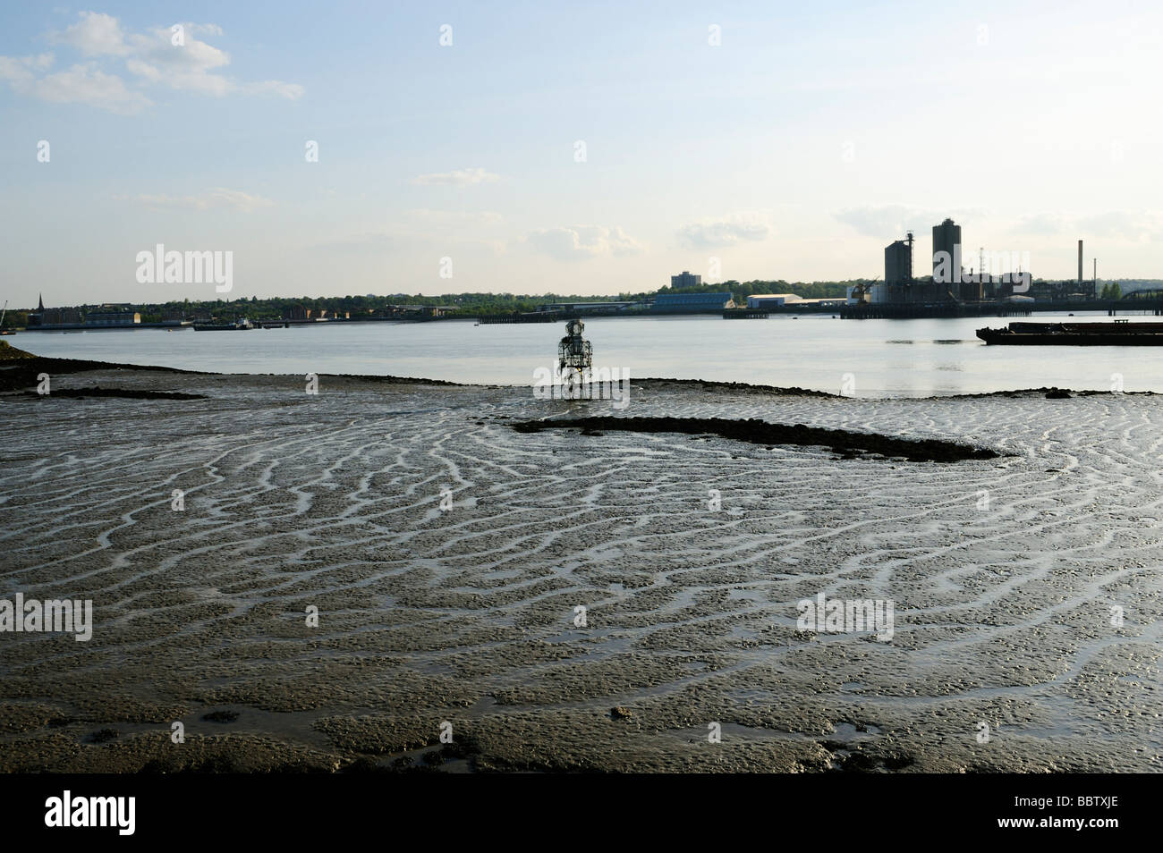 Metal figure of 'the Diver' on north bank of the river Thames,Rainham Essex UK - Stock Image