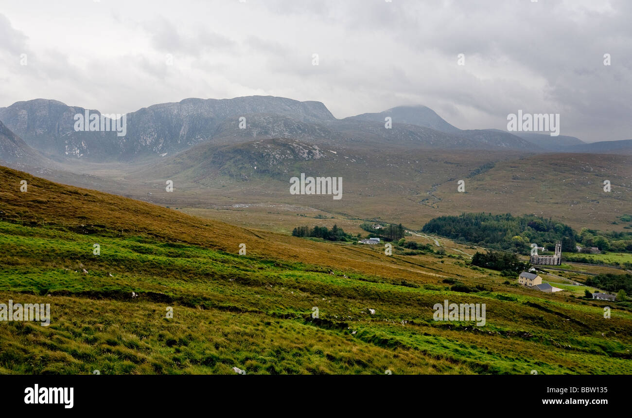 Ionad Cois Locha  Valley. The forbidding valley leading from the small Gaeltacht community of Ionad Cois Locha - Stock Image