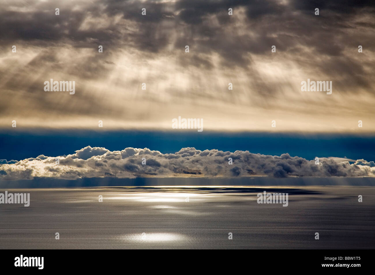 Mar Mediterráneo con Nubes al Amanecer Málaga Andalucía España The Mediterranean Sea Clouds - Stock Image