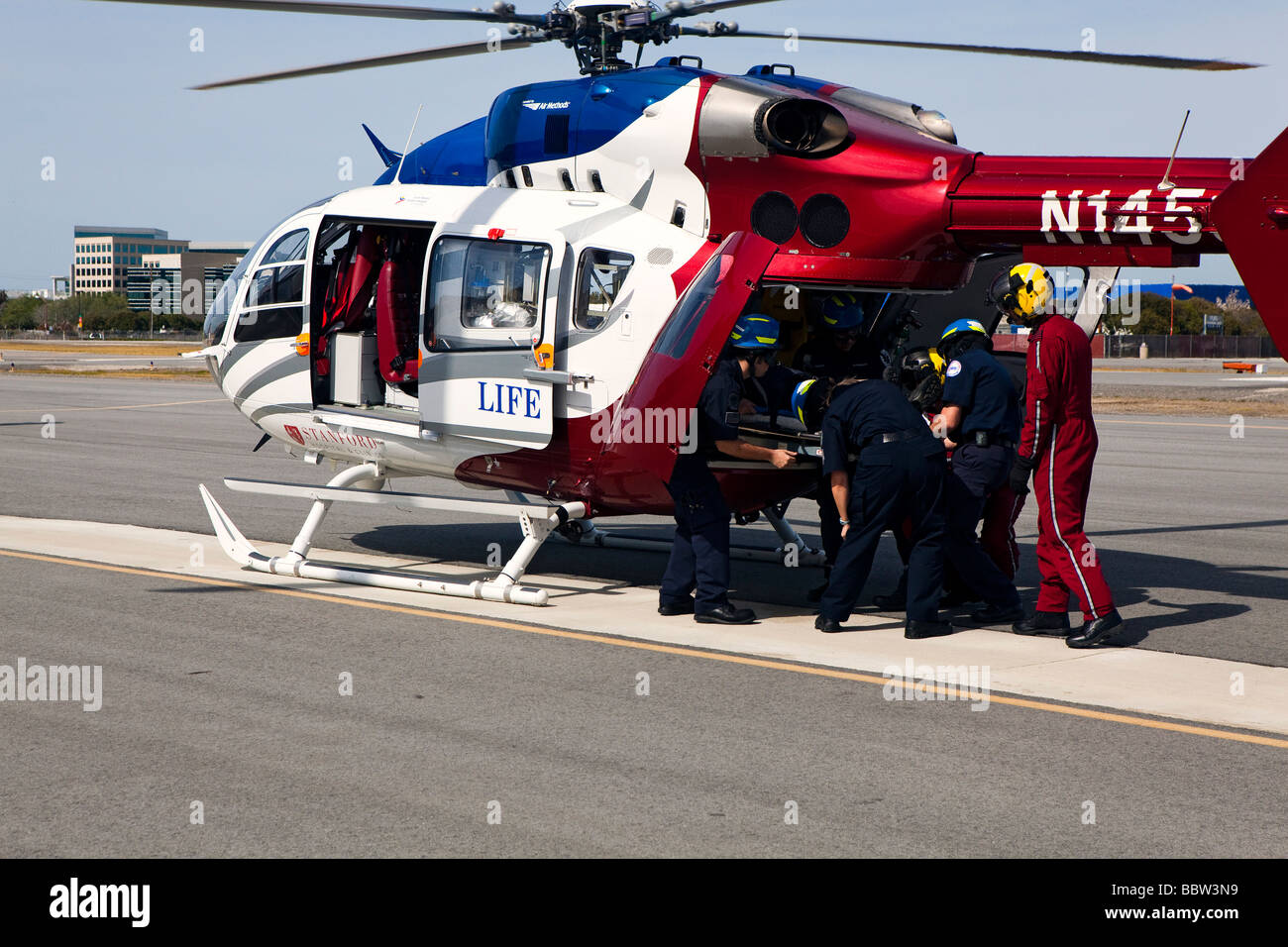 Air Ambulance Helicopter Emergency Responder Special Operations Training With Cal Fire California Highway Patrol Amr Emt