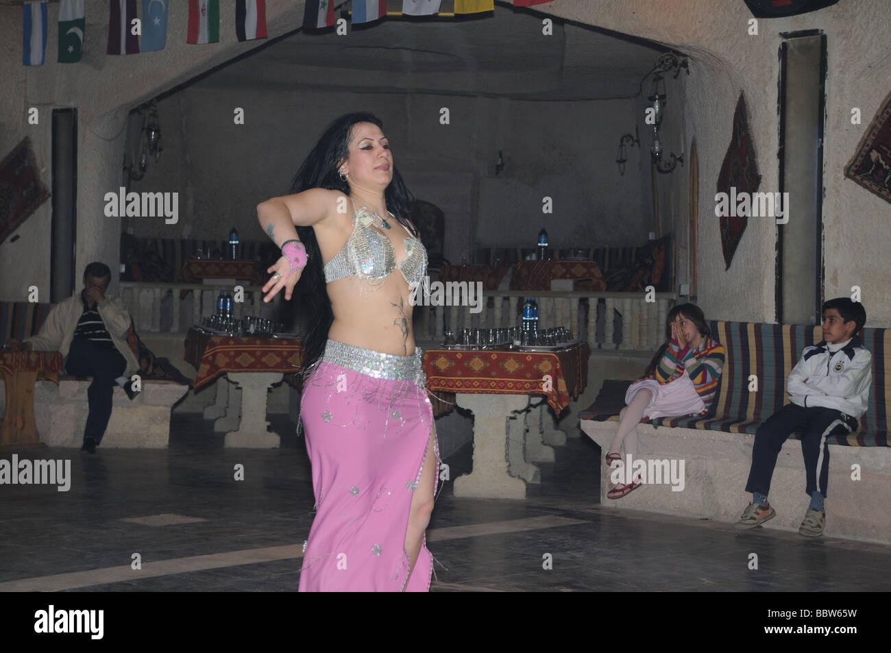 Bbw shaking her belly