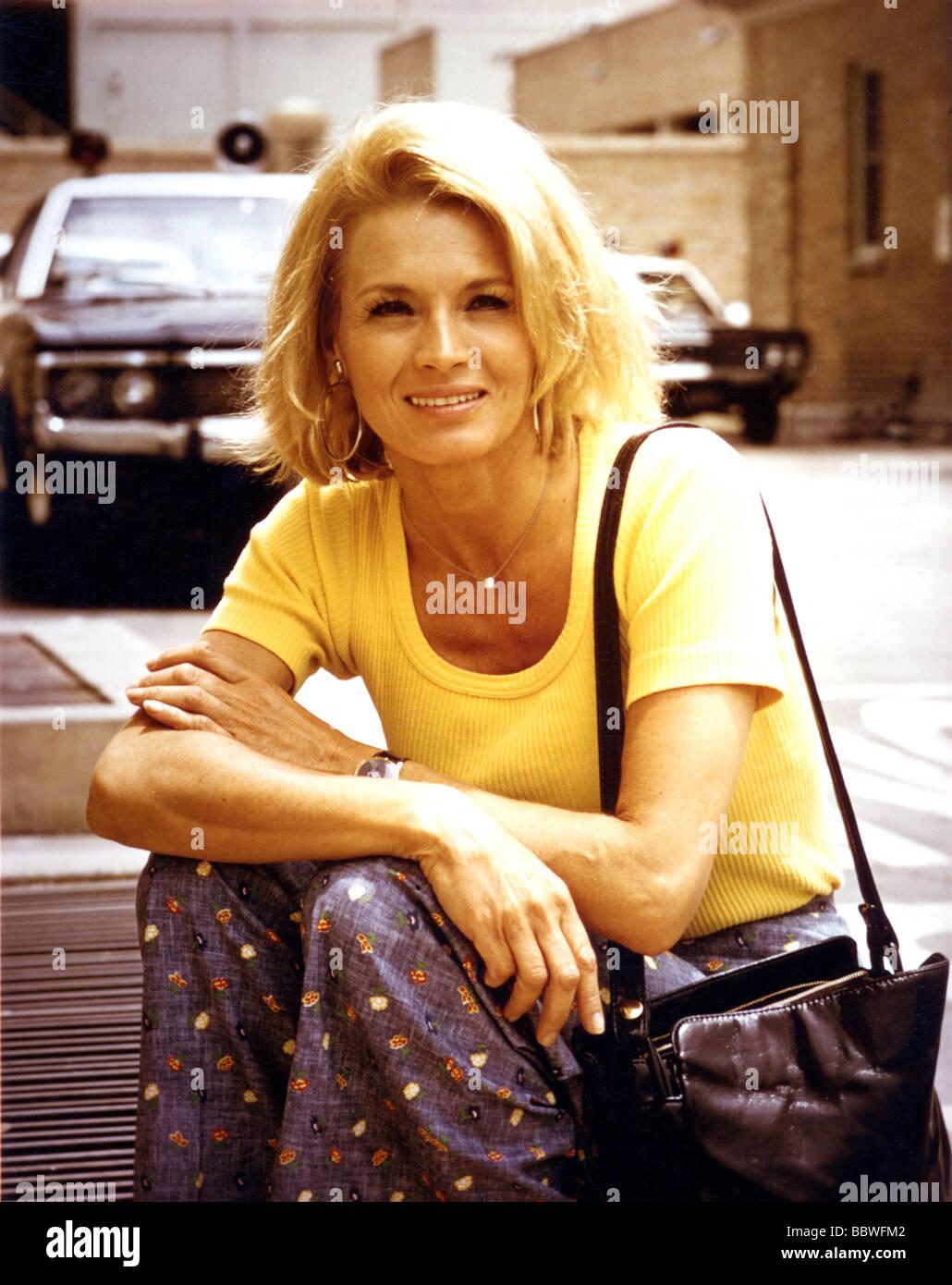 1970s woman stock photos & 1970s woman stock images - alamy
