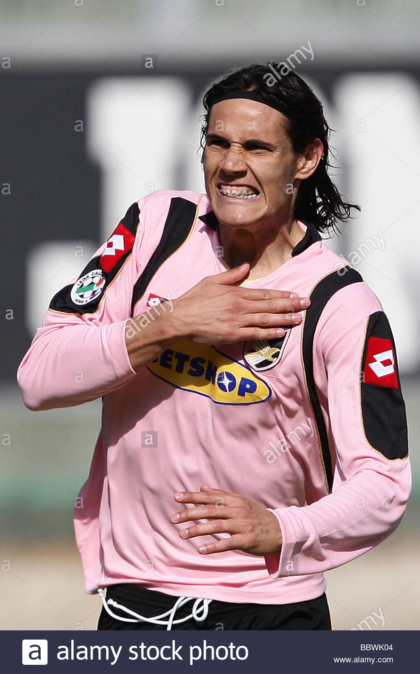 huge selection of 5e019 e703b edinson cavani, palermo 2009, serie a football championship ...