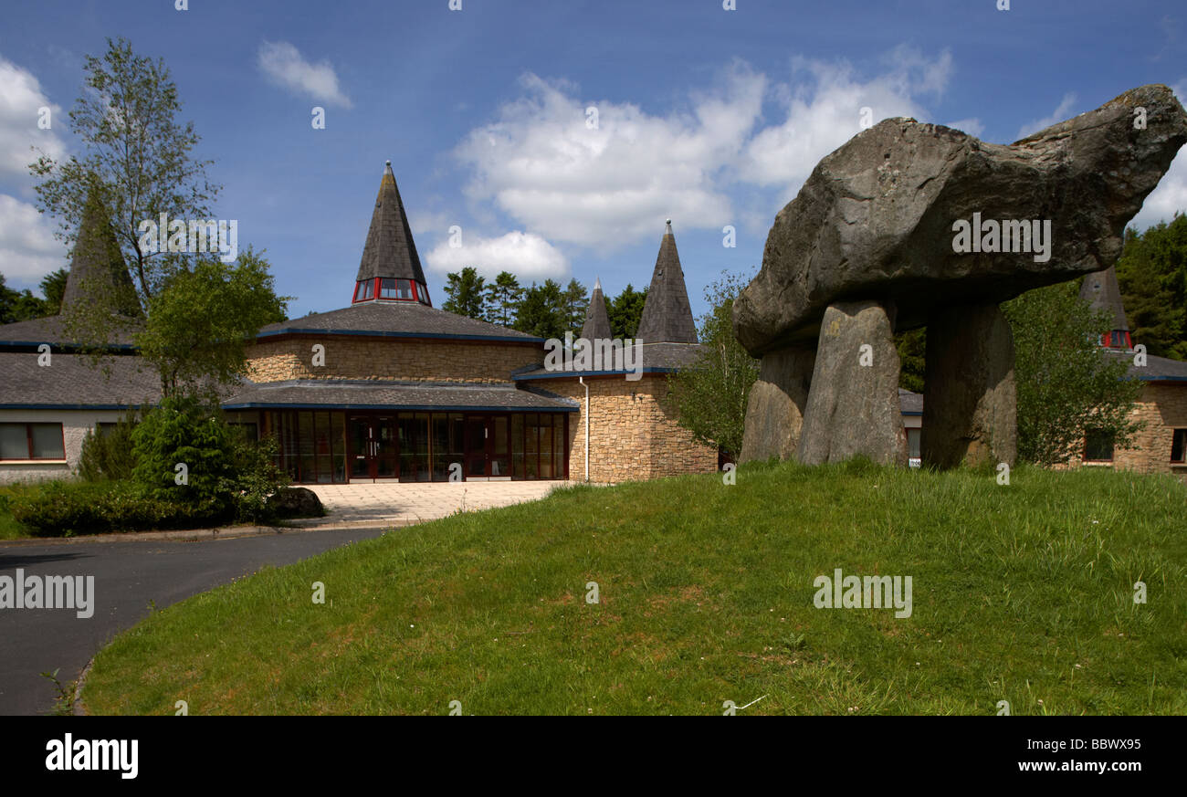 ulster history park and dolmen reconstruction at the entrance county tyrone northern ireland uk - Stock Image