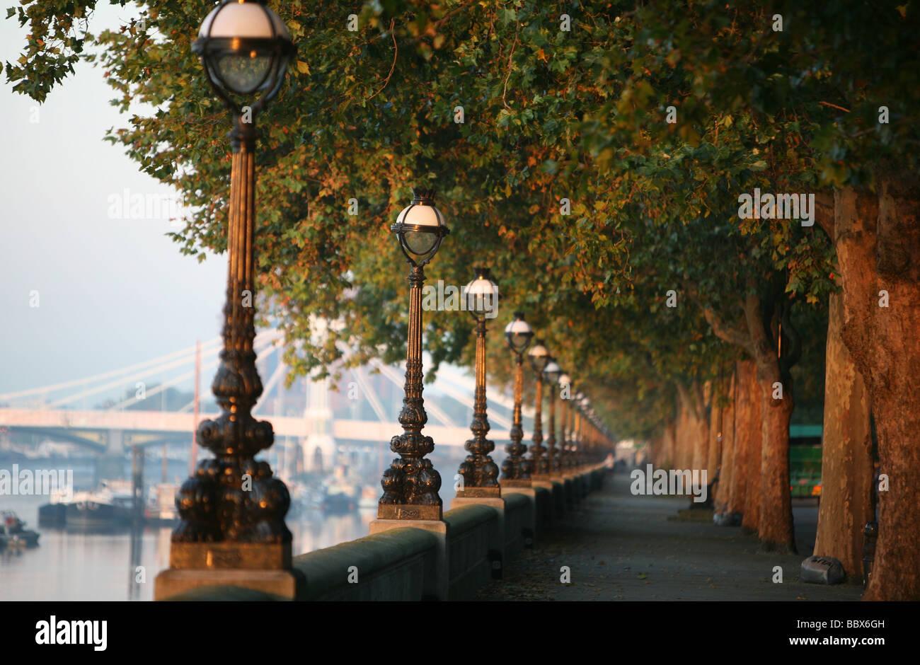 Sunrise At Chelsea Embankment In London Stock Photo Alamy
