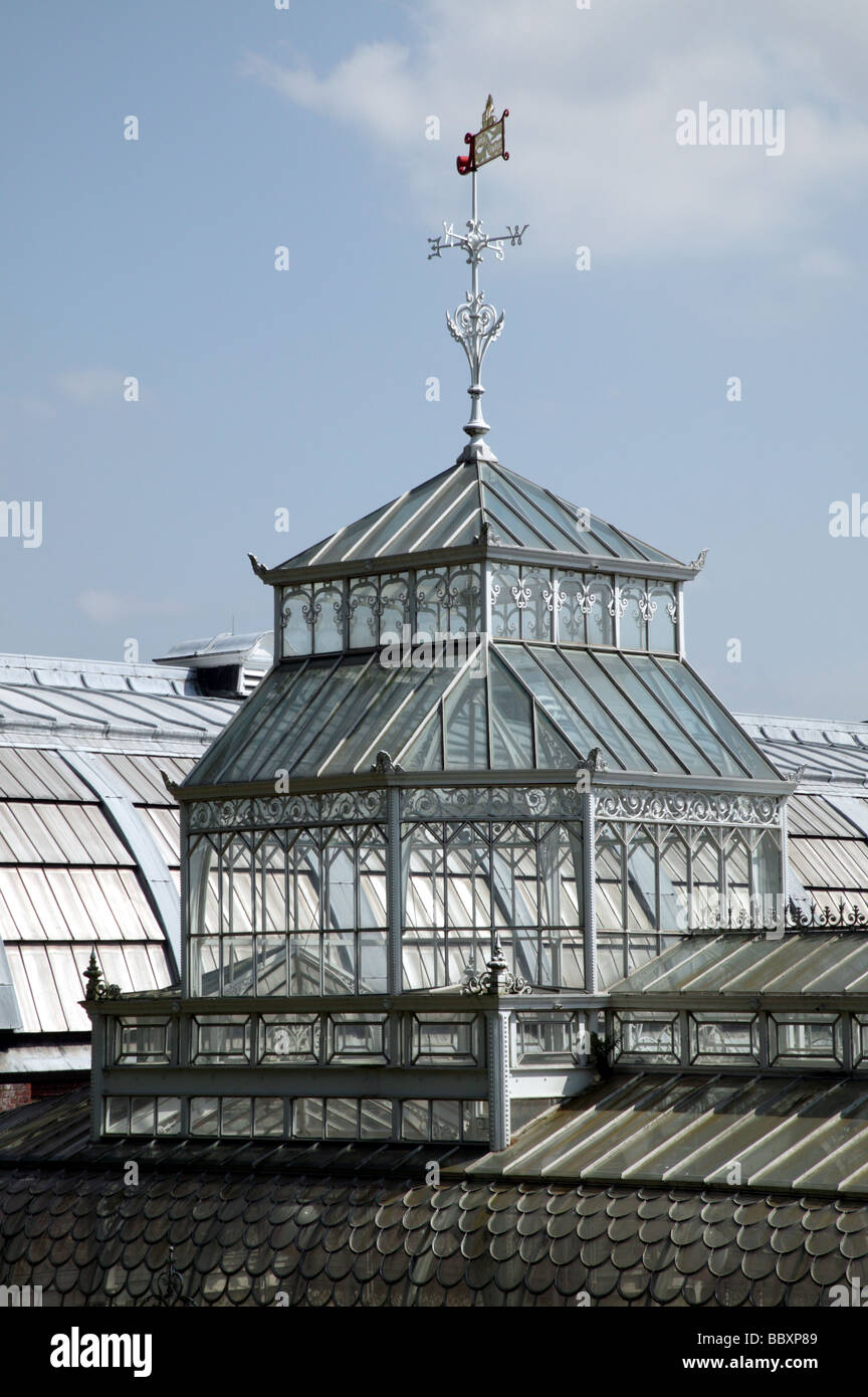 Close-up architectural details of the Horniman Museum Conservatory - Stock Image