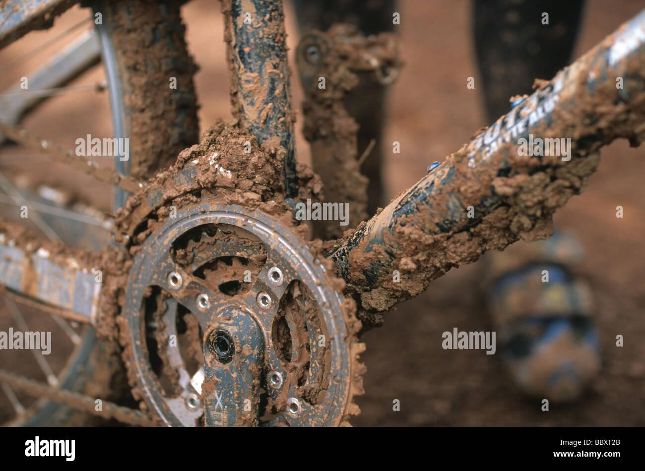 Muddy mountain bike - Stock Image